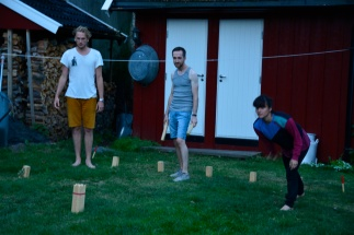 Playing Kubb in the breaks